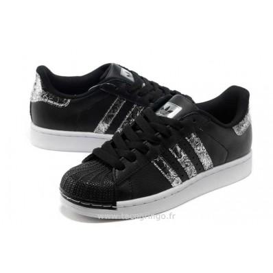 baskets adidas noir femme
