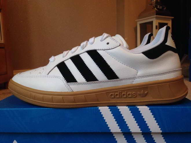 adidas chaussures suisse